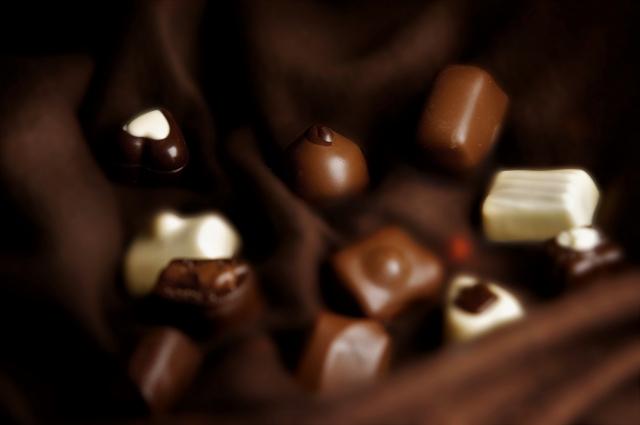 ボンボンショコラとは?幸せな気分になれるチョコレート!