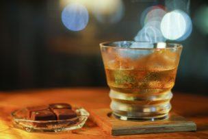 チョコレートとお酒(ウイスキー)