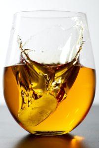 上質なショコラは上質なお酒を使って作られています。