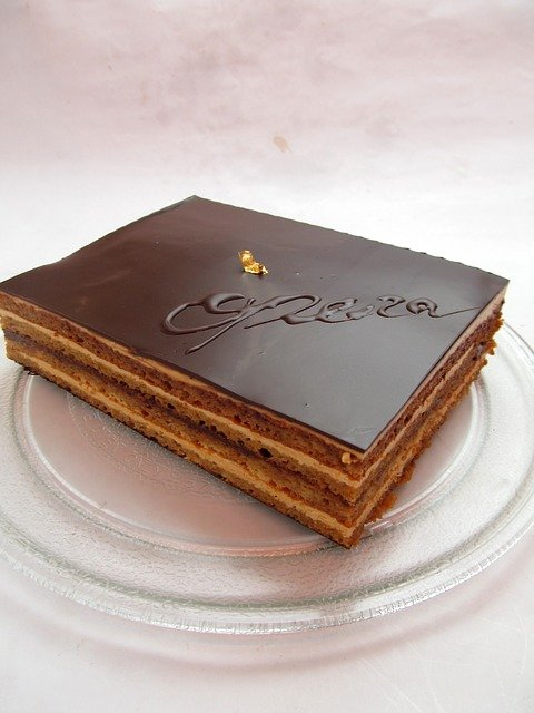 魅惑のケーキ・オペラ!幾層にも重なるハーモニーにうっとり。
