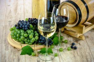 まるき葡萄酒のワインを使ったボンボンシヨコラは最高に贅沢な味わいです。